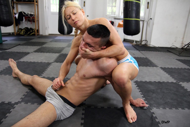 av passiv sex wrestling